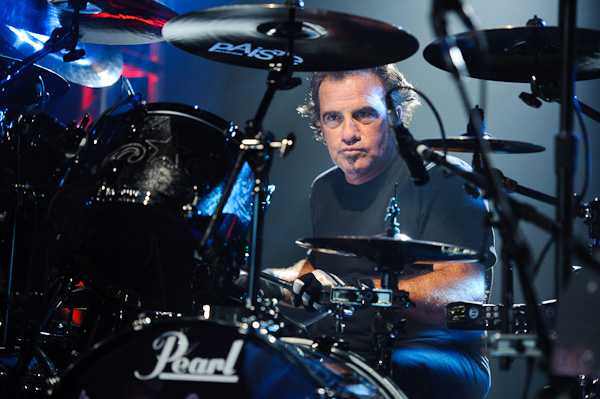 Photo: Tico Torres (Bon Jovi) performs in New York City, 2010